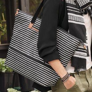 Stella & Dot striped Daytripper tote bag purse